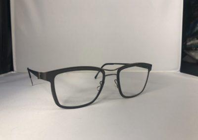 monture-opticien-le-bihan-2-400x284